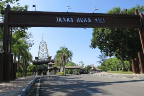 EntraceTamanAwam Miri.MPP